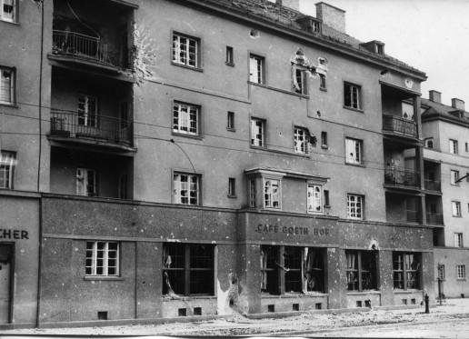 Bundesarchiv_Bild_102-00329,_Wien,_Februarkämpfe,_Bundesheer2