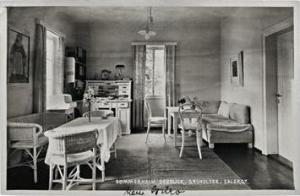 Schwarzwald's study in her summer home at Gründlsee/Altaussee