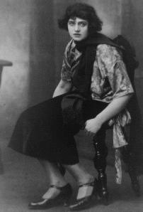 Maria Schreker as Grete the streetwalker in Act III of 'Der ferne Klang'