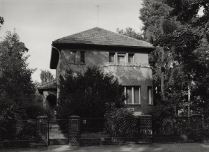 Eisler house in East Berlin's Pankow_Niederschönhausen District