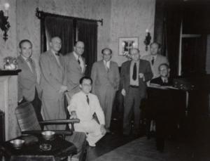 Rudolf Kolisch, George Szell, Max Horkheimer, Felix Khuner, Arnold Schönberg, Hanns Eisler, unknown Pers. and Eduard Steuermann at Schoenberg's home