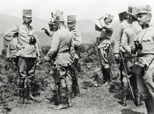 Franz Ferdinand talking with Oskar Potiorek during the Bosnian war games