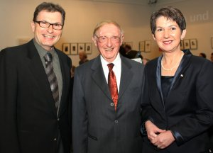 Dr. Albrecht-Weinberger, Walter Arlen and the president of Austria's parliament, the late Barbara Prammer following a concert of Arlen's Music at Vienna's Jewish Museum, March 2008
