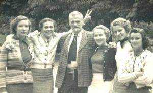 Stöhr with American pupils for a summer course in Ötz (Austria) 1937