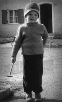 Peter Kreitmeir, son of Ruth Winterberg, in 1960