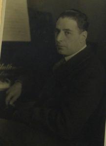 Blüthner's Publicity shot with Ernst Toch