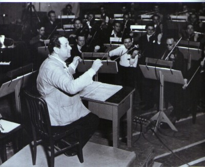 Korngold conducting in Warner's Sound Studio