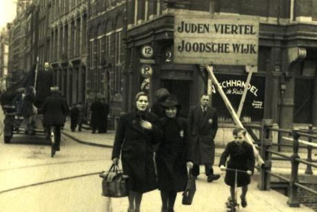 A Jewish Ghetto in Nazi occupied Holland