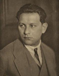 800px-Paul_Amadeus_Pisk_(1893–1990)_1928